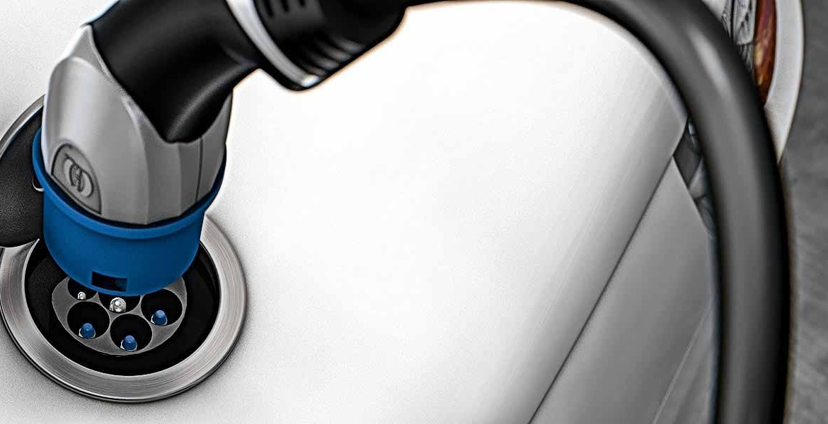 Harting eMobility - Charging Cables in the car